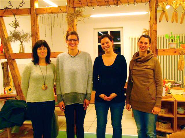 Vorstand v.l.n.r.: Ines Schreiber (stellv. Vorsitzende); Yvette Hochheim (Vorstandsvorsitzende); Stefanie Lips (Kassenwartin); Anja Labitzke (Schriftführerin)